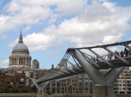 St Paul´s Cathedral and Millenium Bridge